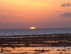 sunset gili t